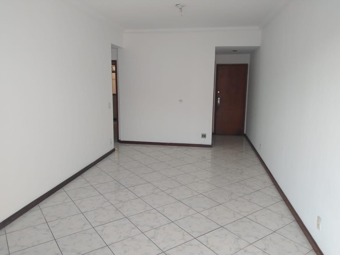 Ótimo Apartamento Vazio – Cód: P484
